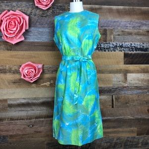 Dresses & Skirts - Vintage 1960s blue feather print dress